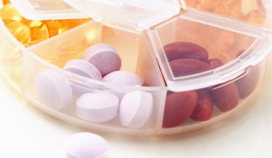 新薬開発治験事業